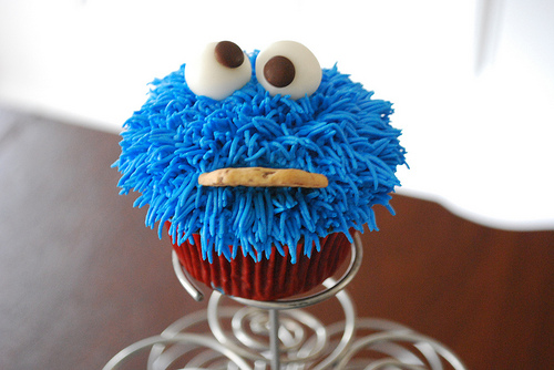 Cookie Monster Cupcakes Color Page