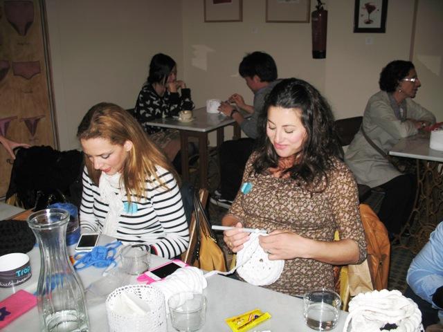 Silvia (de marianasite.com) y Alicia (de milmimitos) en acción