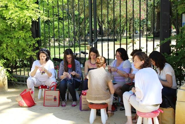 Grupo de tejedoras super majas que conocimos en Tejiendo la ciudad
