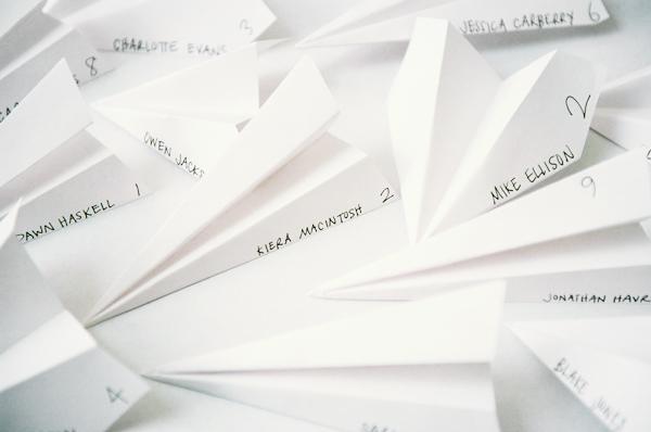 paper-air-plane-escort-cards