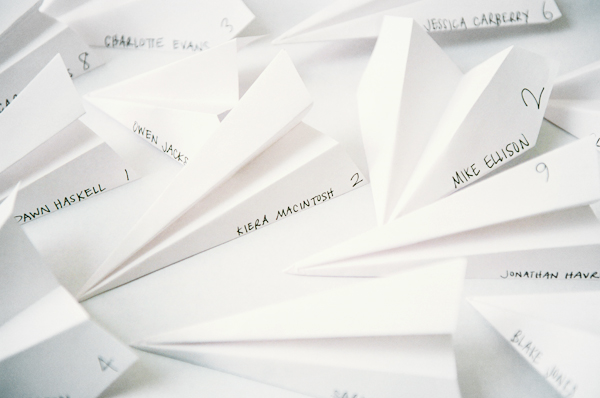 paper-air-plane-escort-cards